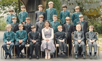 Quantock School Uniforms, 1980s
